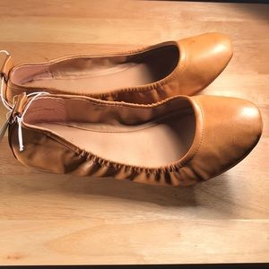 Faux Leather Scrunch Ballet Flat- Universal Thread